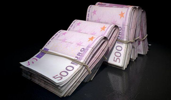 Евро вырос до 63 рублей