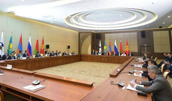 Таможенный кодекс подписали президенты четырёх государств, в том числе и Киргизия
